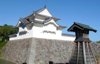 駿府城と黒松